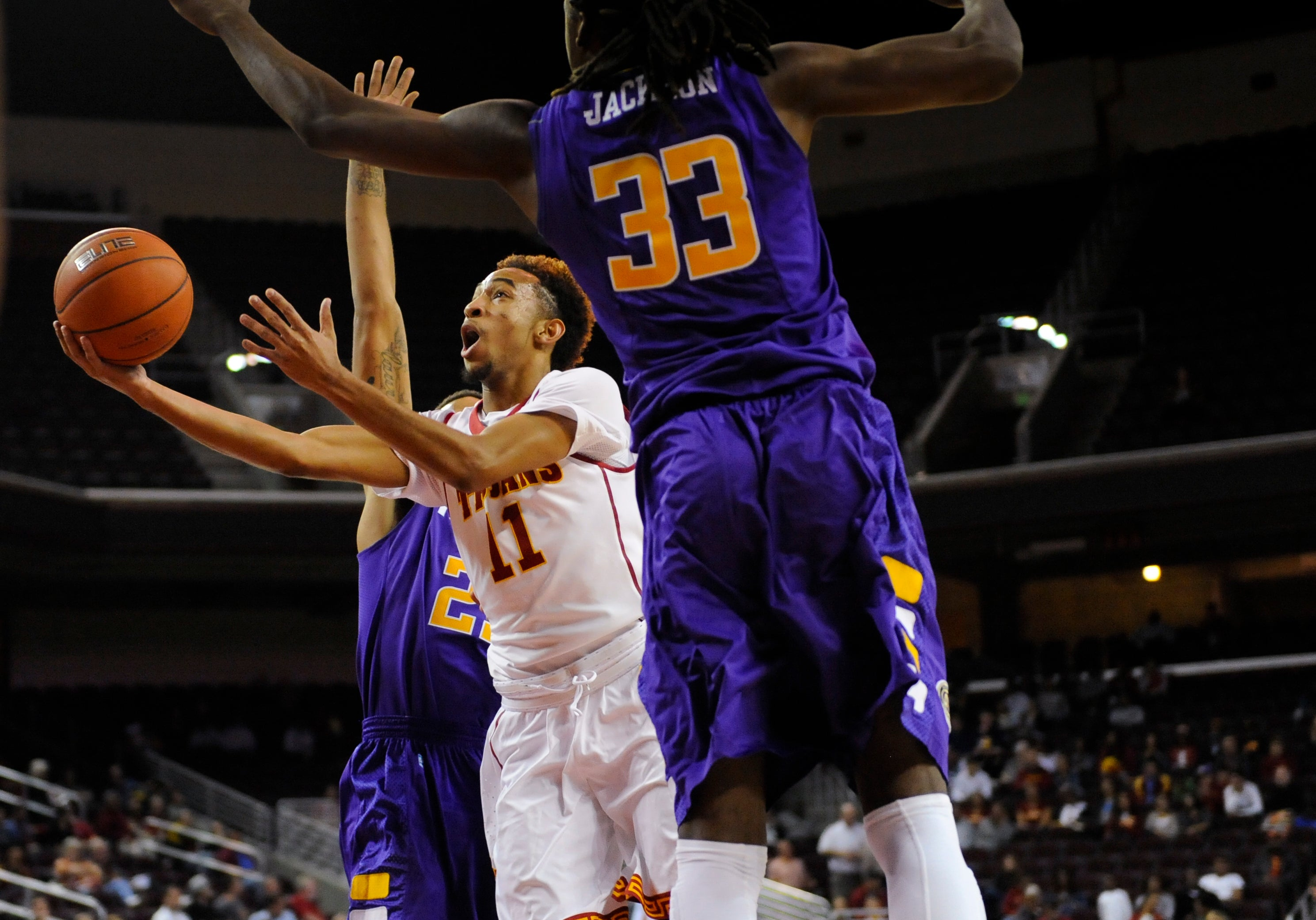 USC_M_Basketball_TennTech_111814_MCG3407.JPG