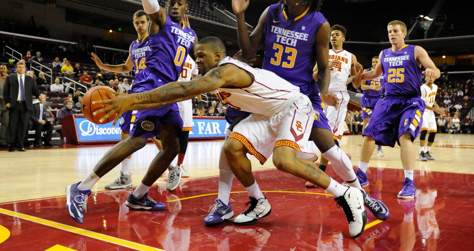 USC_M_Basketball_TennTech_111814_MCG3656.JPG
